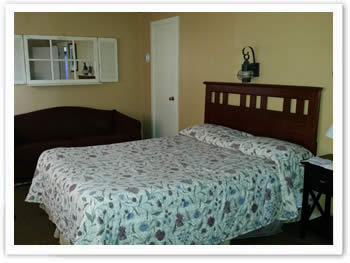 room-101-frontroom-002